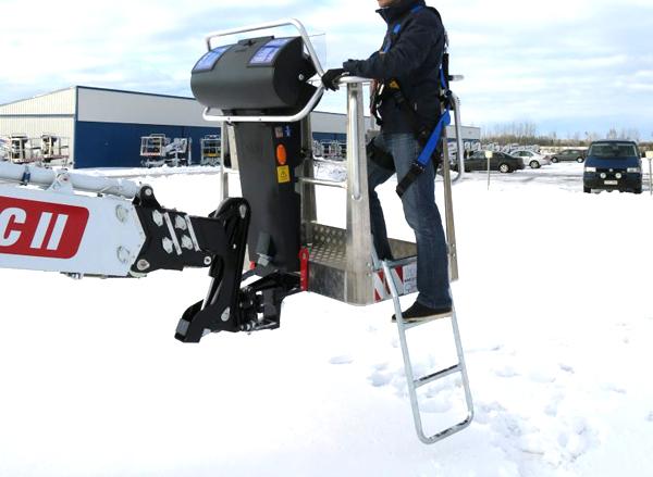 Коленчатый электрический прицепной подъемник DINO 260XTD в холод