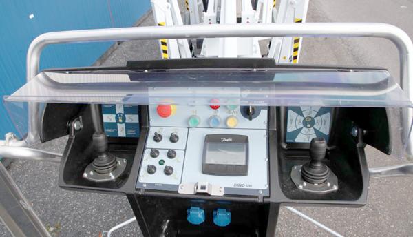 Коленчатый электрический прицепной подъемник DINO 260XTD